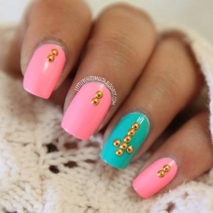 stud-nails_look_433ab2f50cf6a1cf03af88f8402e6c00_look